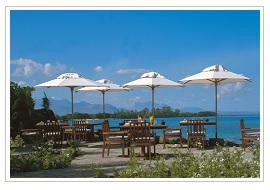 On the Rocks bar at The Oberoi Mauritius