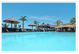 Pool at Iloha Seaview hotel